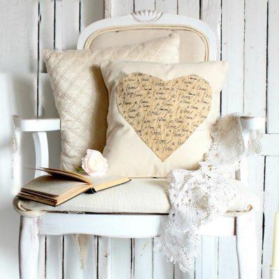 Je t'aime…a Valentine's pillow