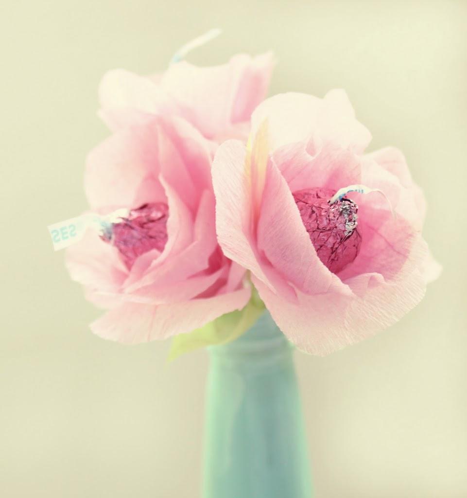 Bouquet Of Hugs And Kissesa Valentine Favour