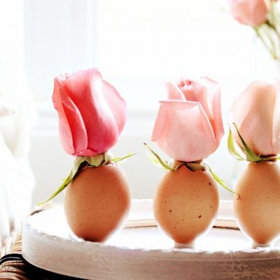 A touch of Easter….egg flower vase