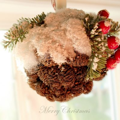 The Handmade Tree – snowy mini pine cone ornament