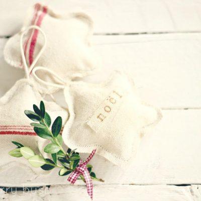L'etoile de noel….canvas Christmas star ornament…