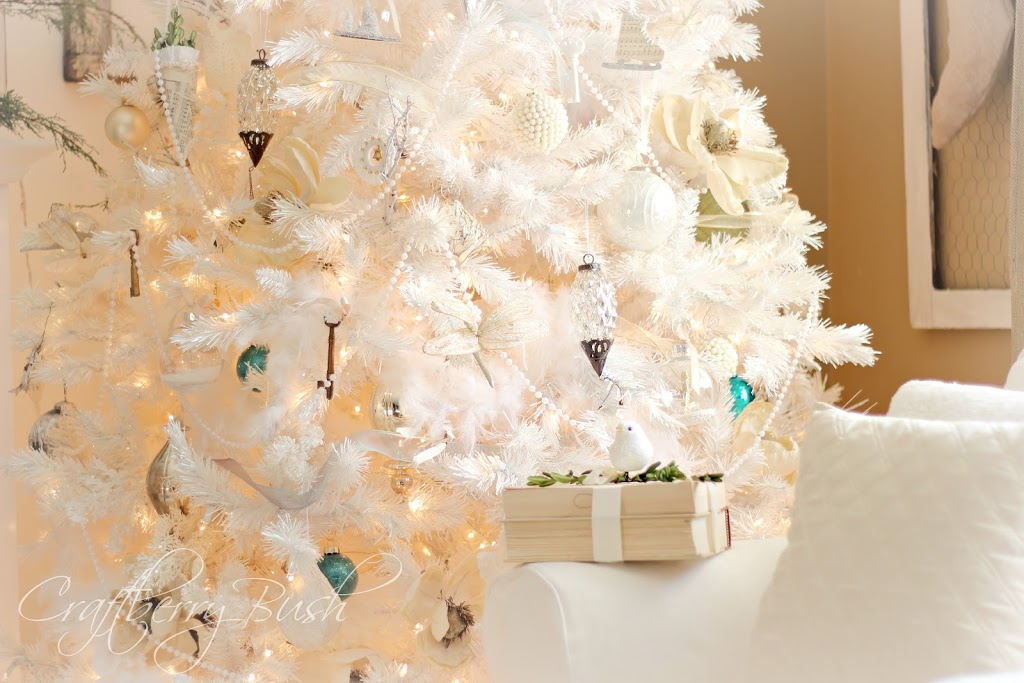 The white Christmas tree….