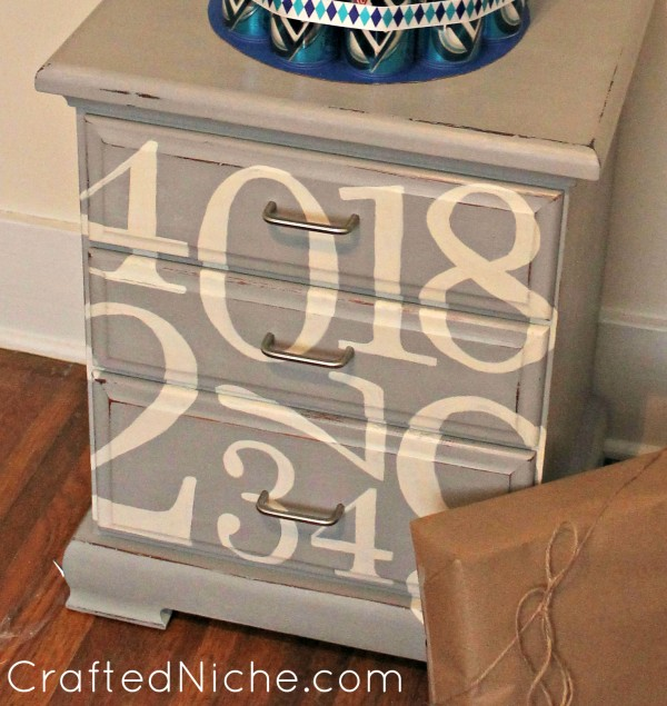 nightstand-makeover-4-600x635