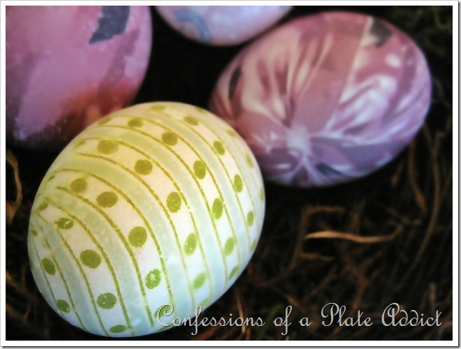 CONFESSIONS OF A PLATE ADDICT Silk Dyed Eggs4_thumb[9]
