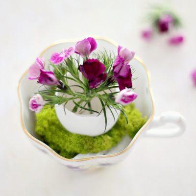 Simplicity – a fragile egg vase