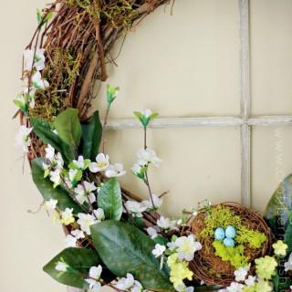 springwreathleftsidecraftberrybush