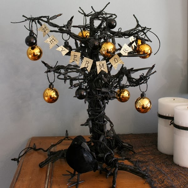 halloween tree square