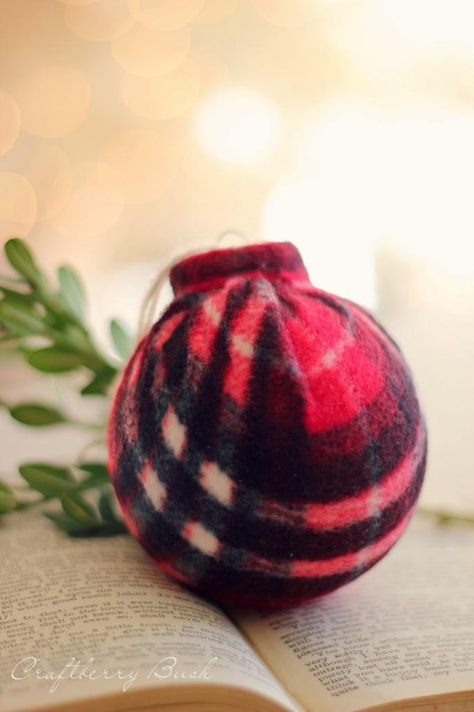25 Days of Christmas – Plaid Scarf Ornament Tutorial