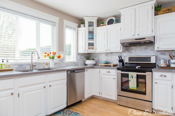 White-Kitchen-from-Clean-and-Scentsible