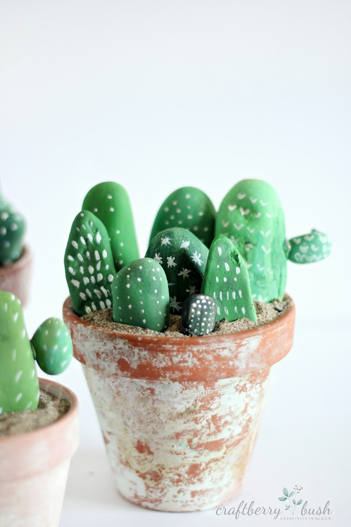 Painted rocks to make cacti