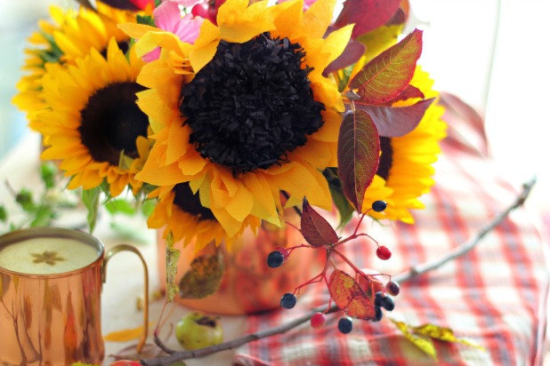 How to make a paper sunflower