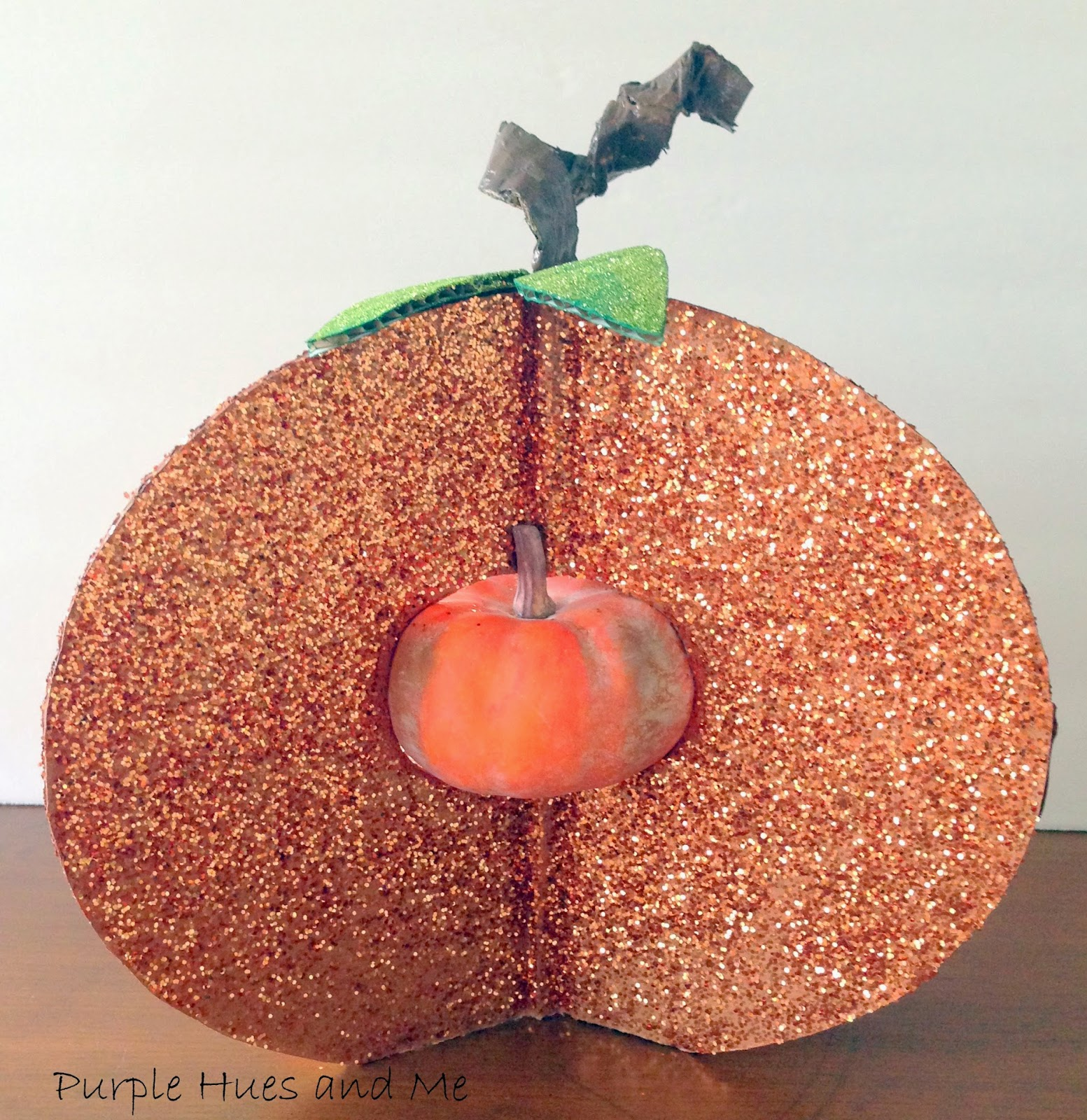 Cardboard glitter pumpkin