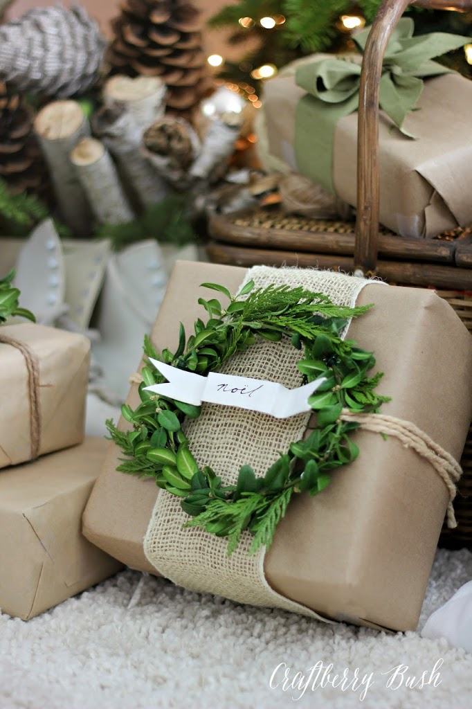 craft paper and boxwood wreath gift wrap - Unique Christmas Gifts 2014