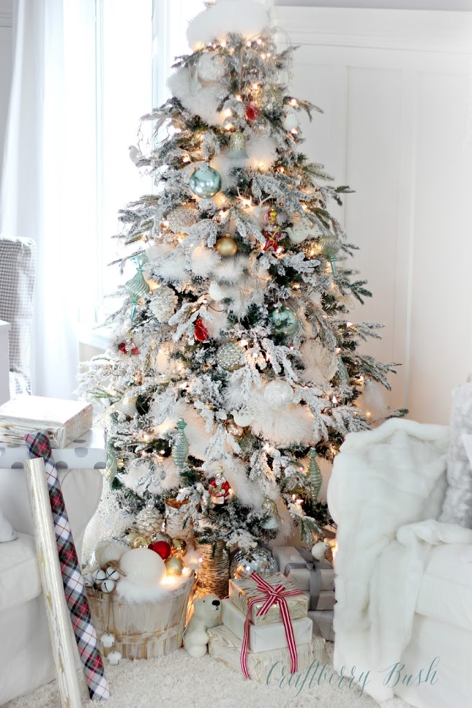 the flocked tree secret garland revealed - Flocked Christmas Tree Decorating Ideas