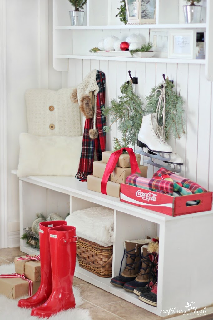 Christmashousetourmudroomcraftberrybush