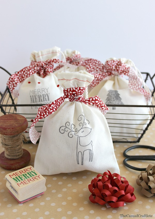 Stamped-Christmas-Gift-Bags