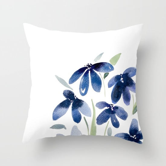 blue-watercolor-flowers-iee-pillows