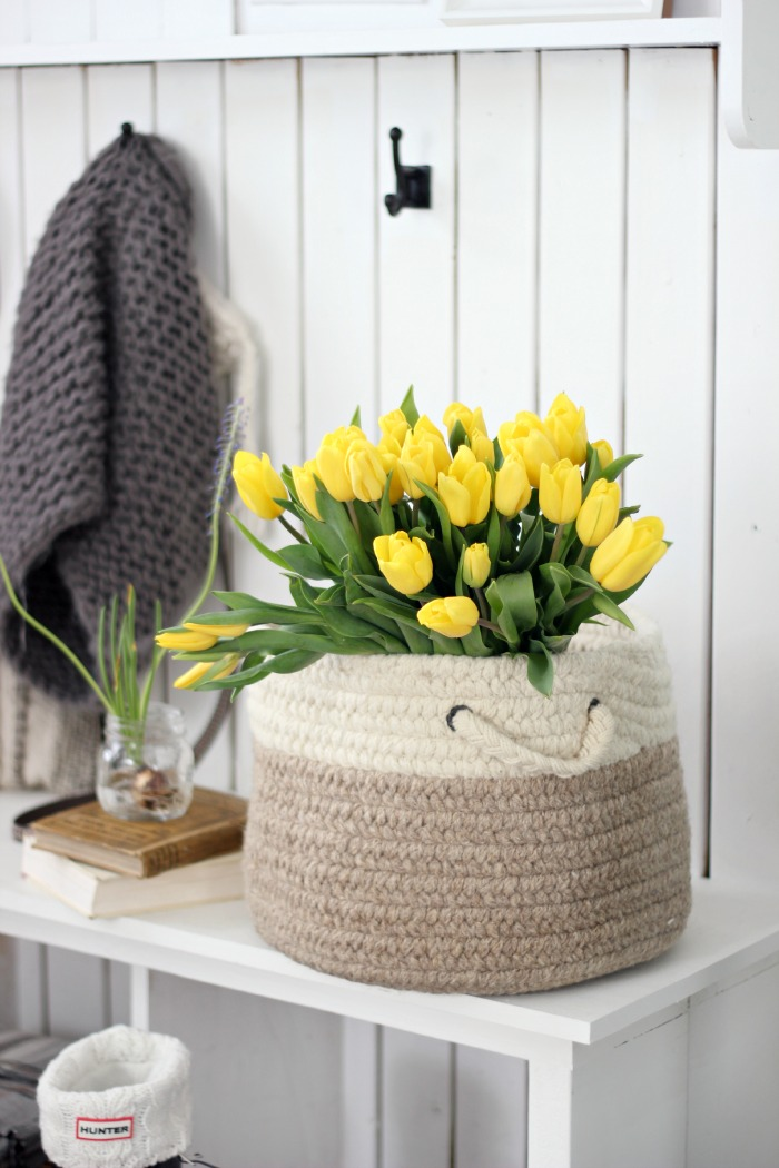 yellowtulipsinbasketcraftberrybush