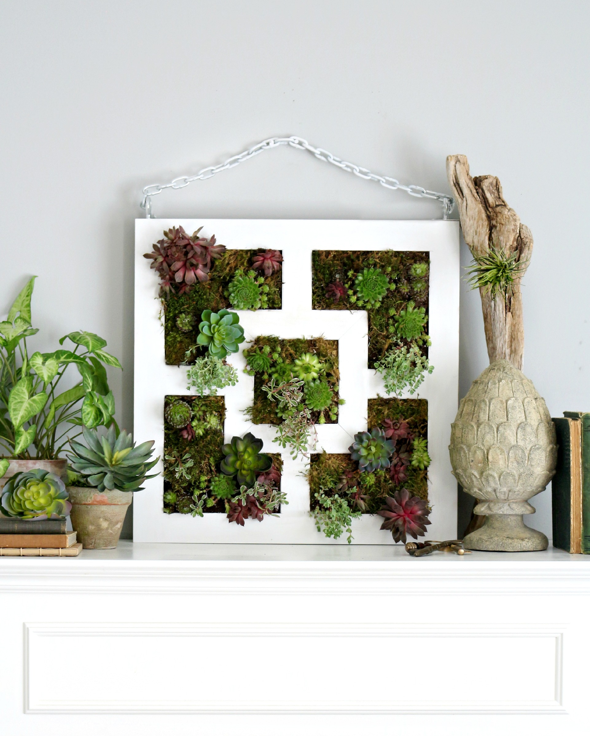 Ikea lack table hack to succulent vertical garden - Giardino verticale ikea ...