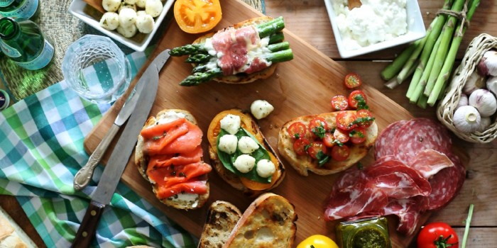 Summer Crostini Bar