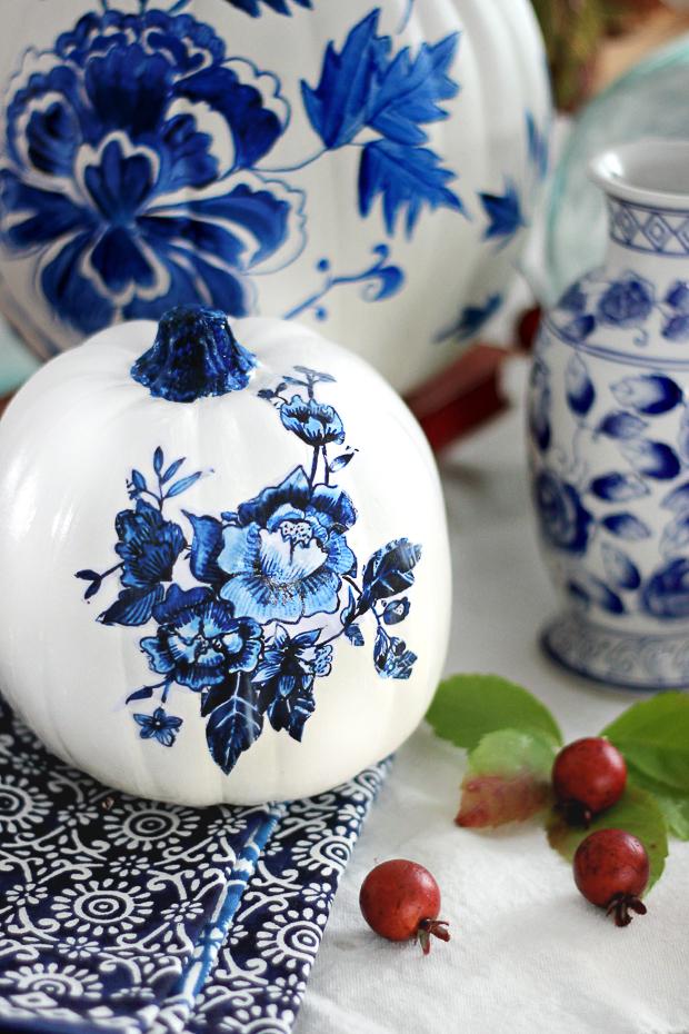 blueporcelainpumpkincraftberrybush-5