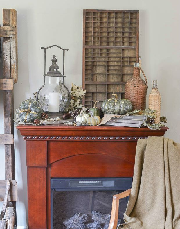 cozy-fall-living-room-mantel-1
