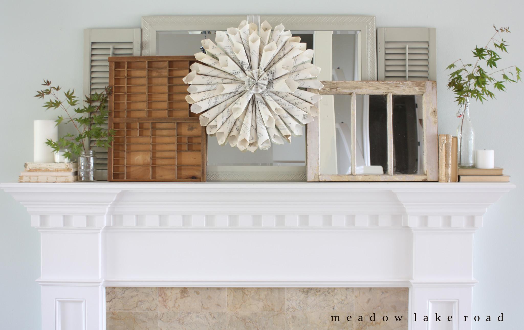 simple-fall-mantel-decor (1)