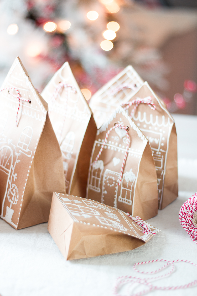 gingerbreadhousepaperbaggiftwrap-12