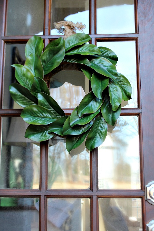 Get-creative-Ingredients-for-making-a-beautiful-realistic-looking-affordable-magnolia-wreath