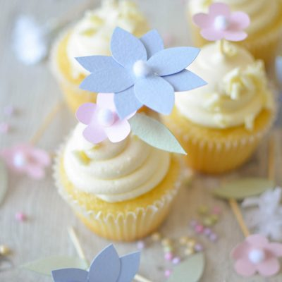 Paper flower cupcake topper