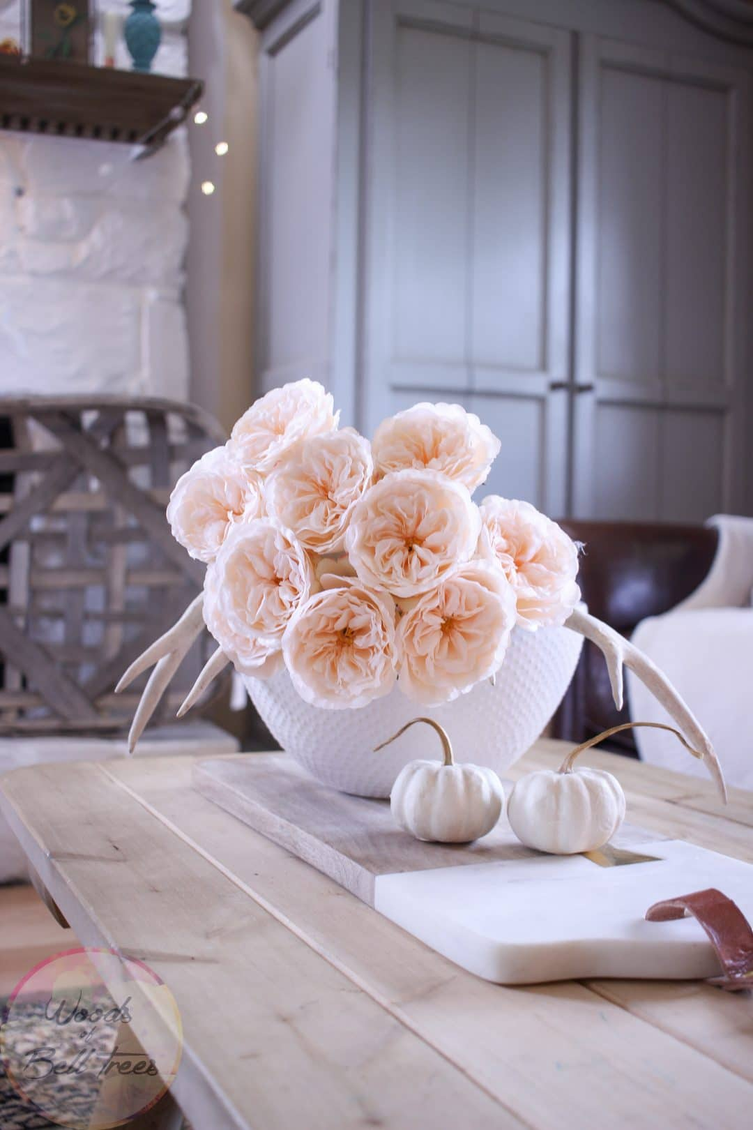early-fall-decor-home-centerpiece-cabbage-roses-neutral-easy-handmade-decorating-diy-5-1080x1620