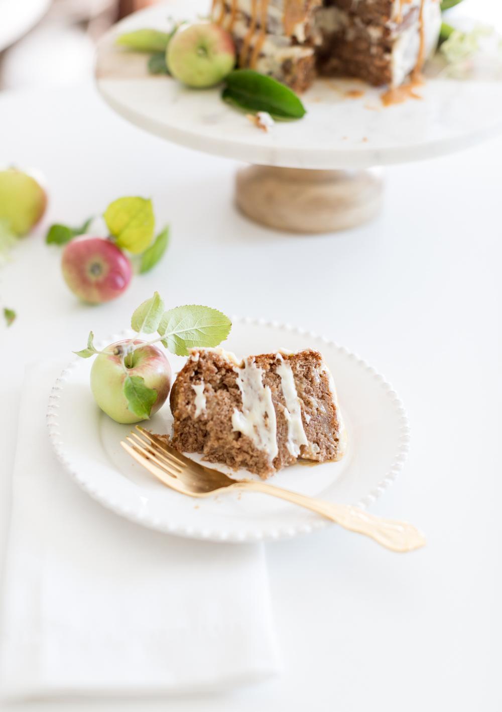 Apple Caramel naked cake_-3