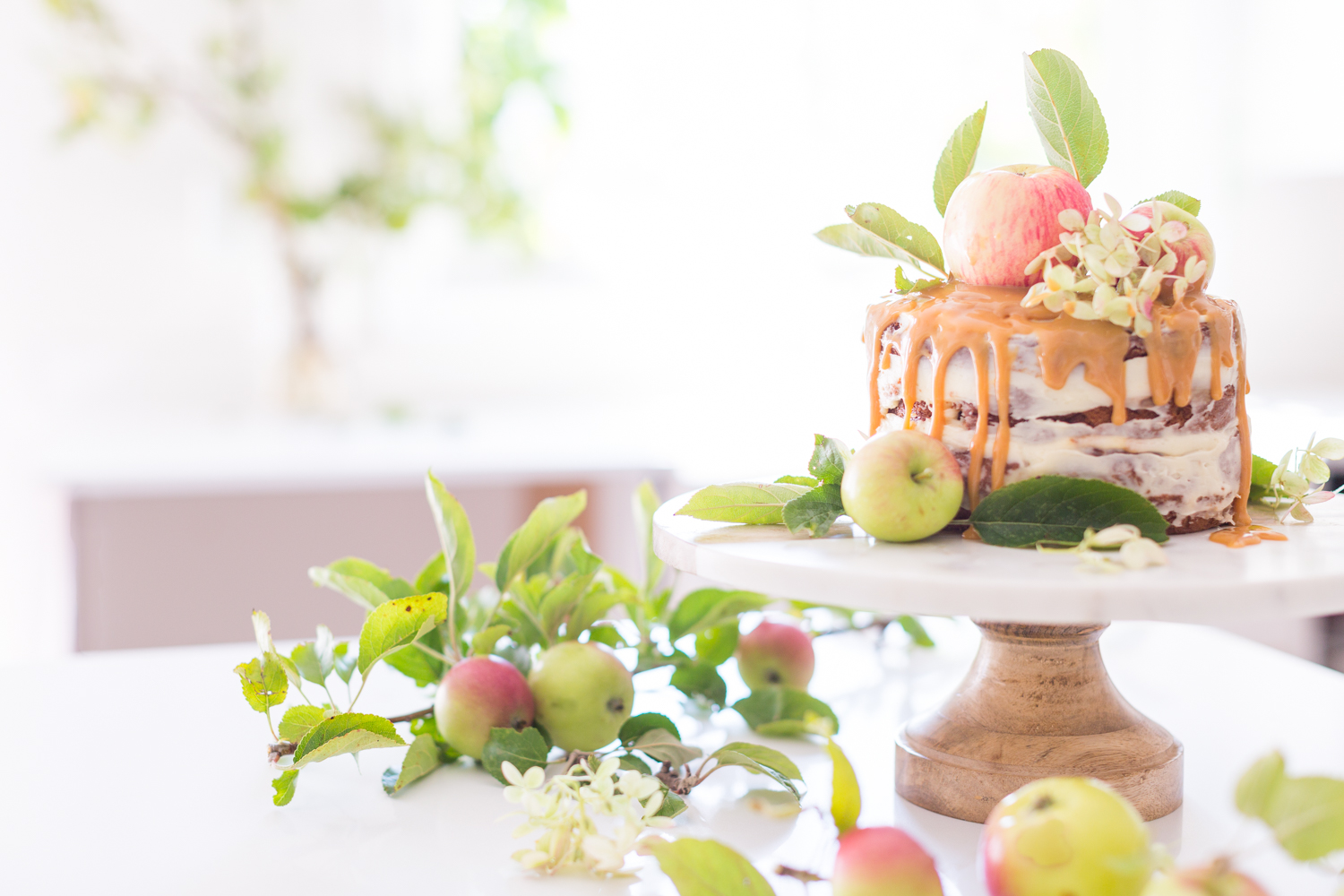 Apple Caramel naked cake_