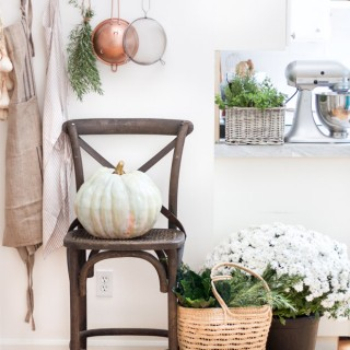 DIY-Painted-Heirloom-Pumpkin