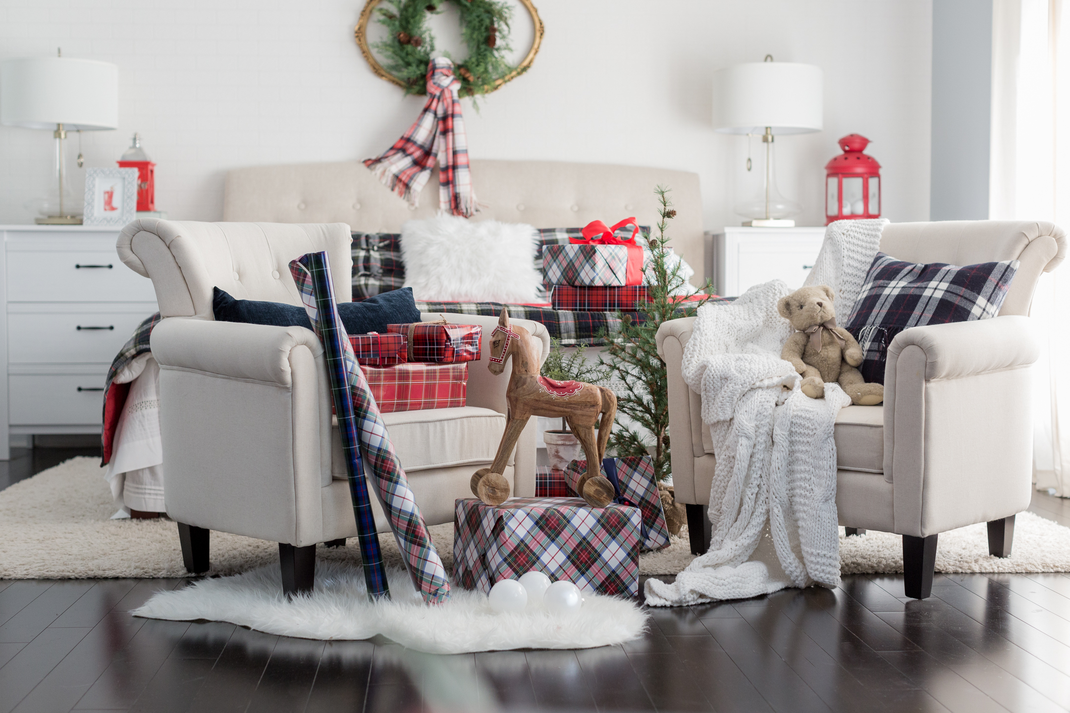 plaid christmas bedroom decor