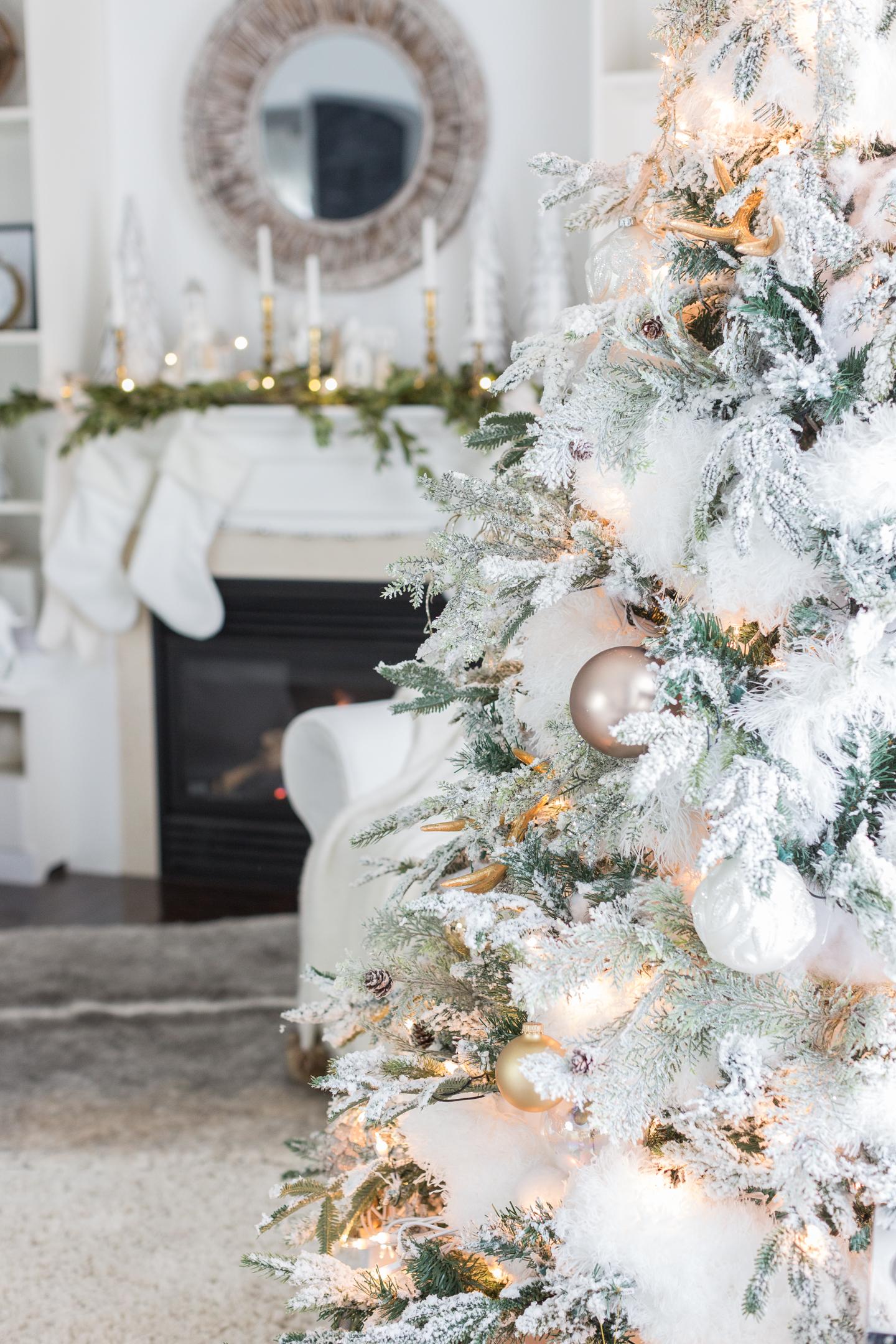 christmasfamilyroomcraftberrybush-19
