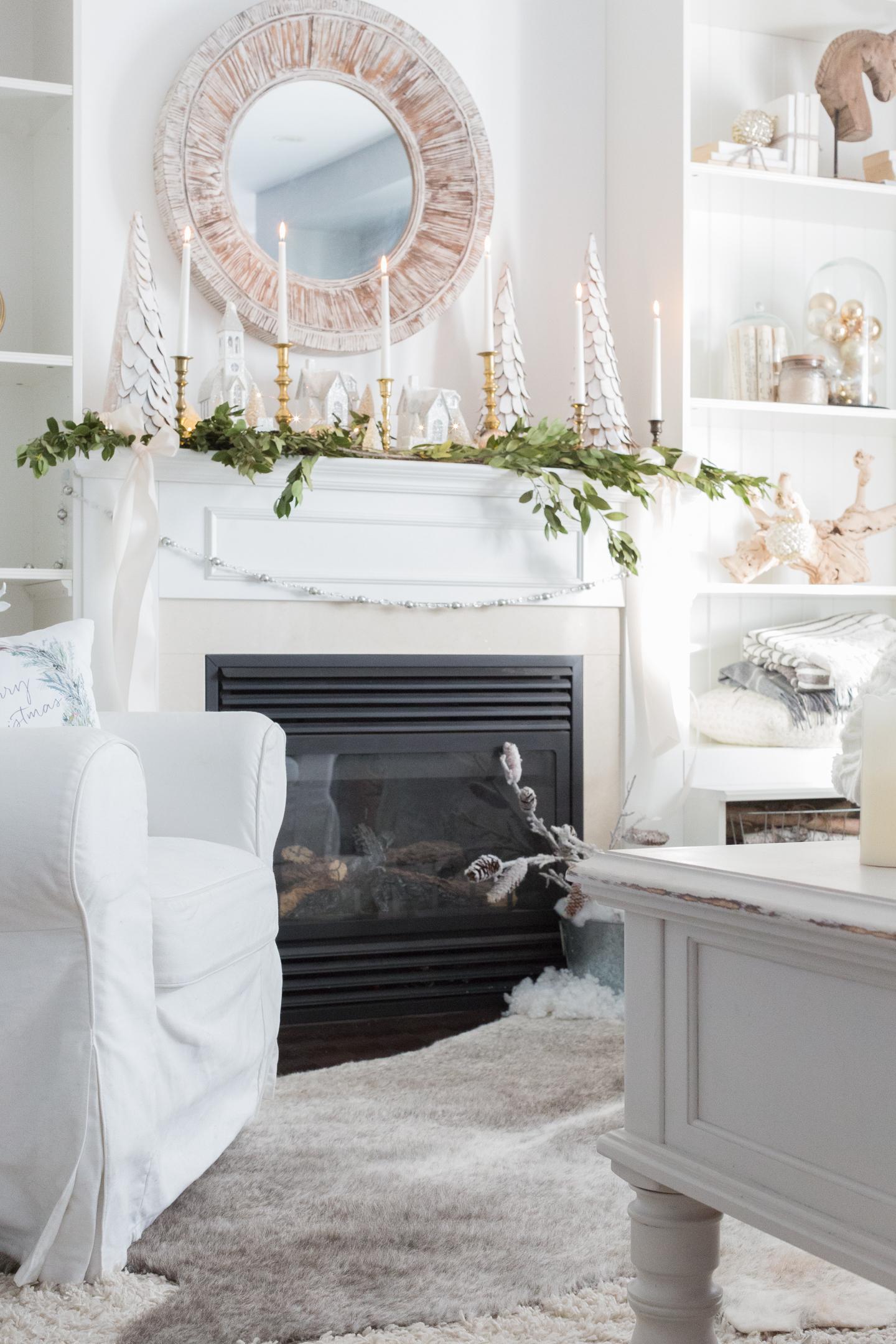 christmasfamilyroomcraftberrybush-4