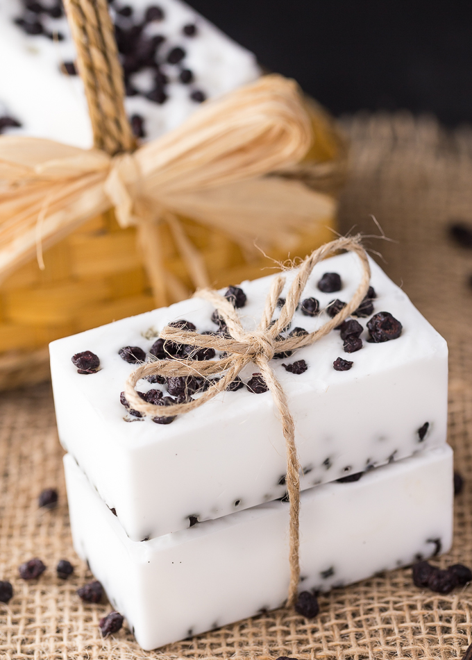 wild-blueberry-vanilla-soap-4-1