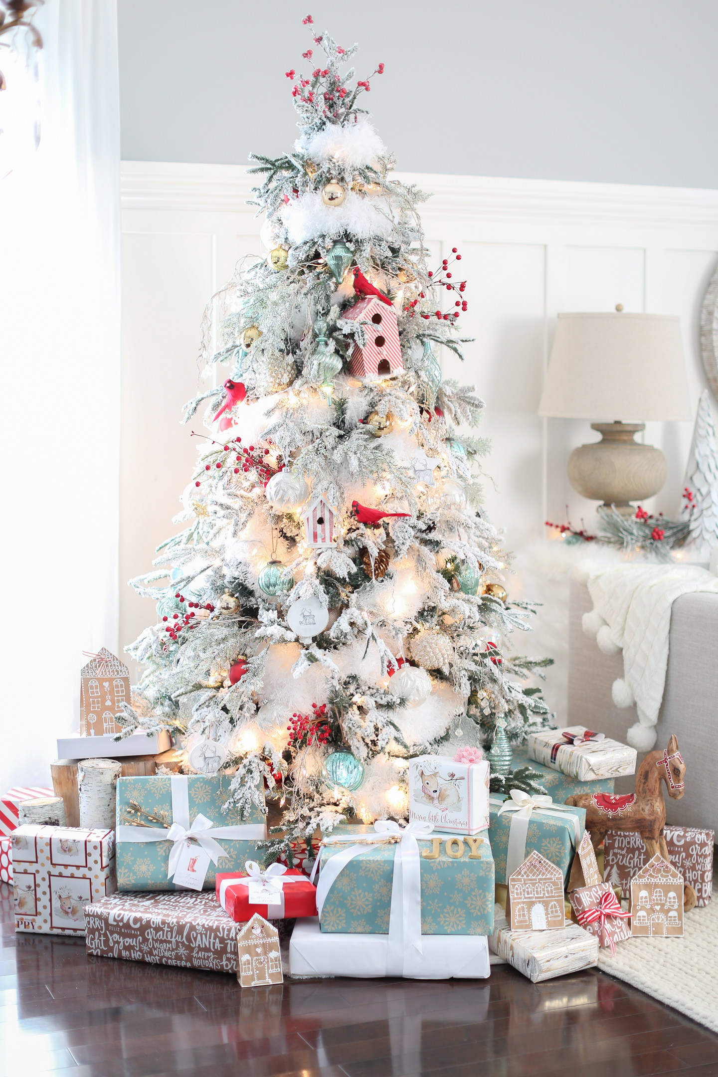 Home and garden christmas decorating ideas