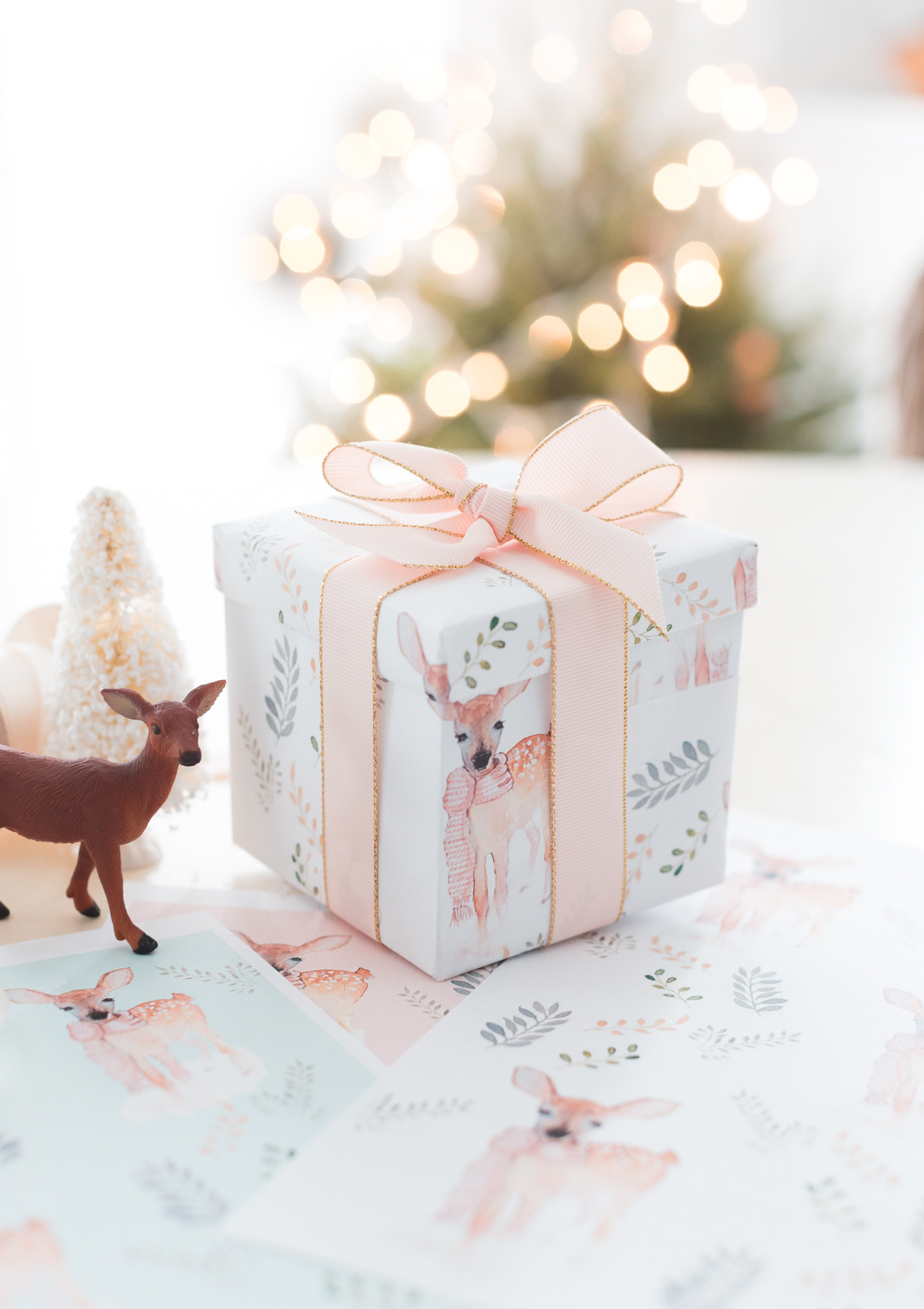 free printable christmas wrapping paper