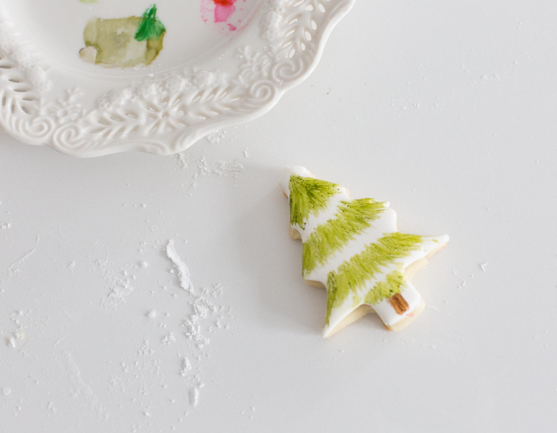 paintedsugarcookiecarftberrybush-16