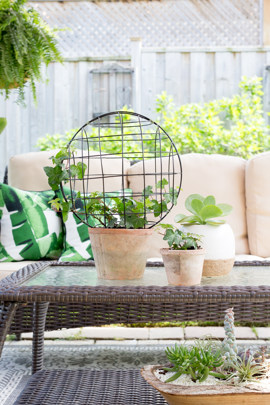 Wire Orb Topiary DIY_-9