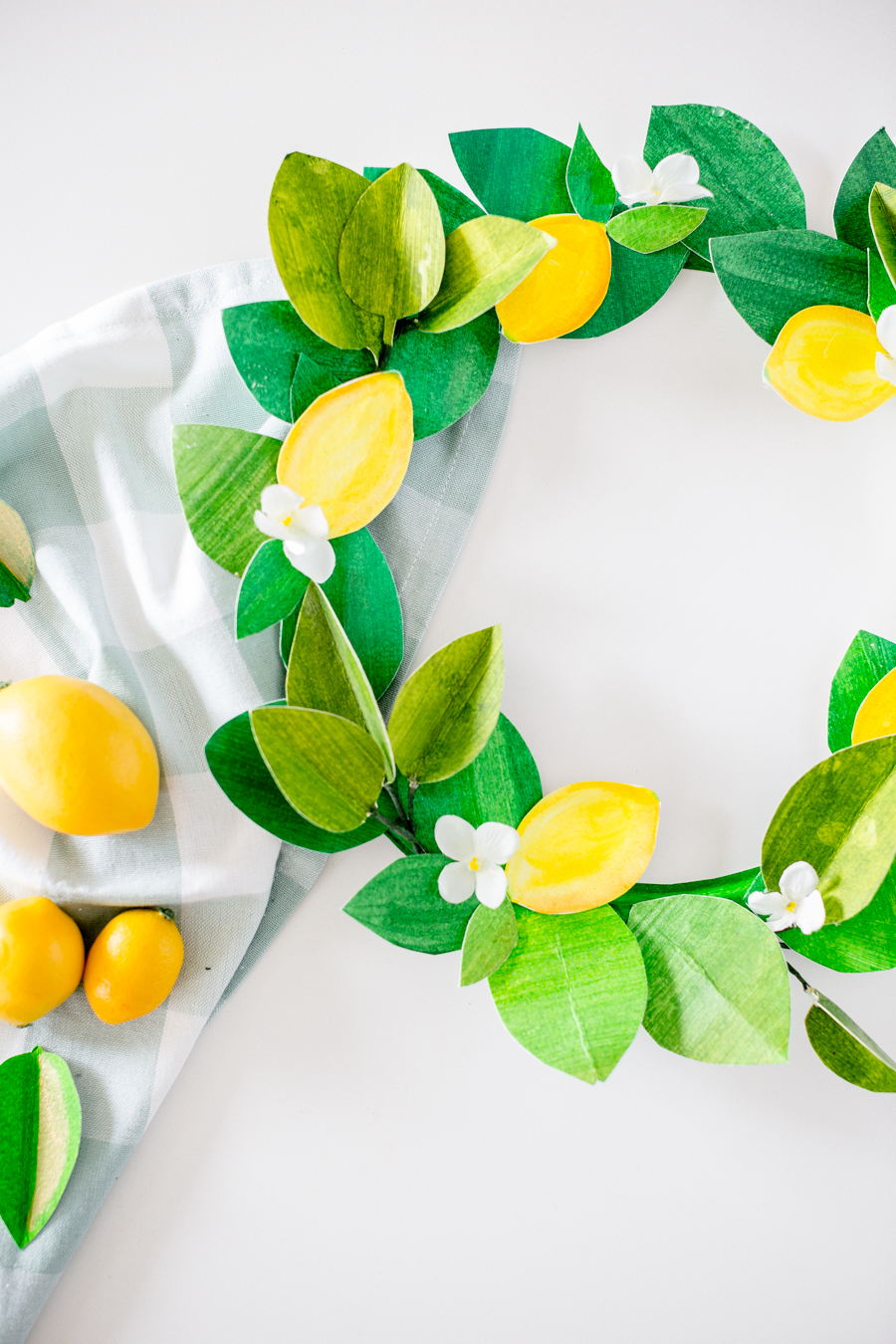 DIY Paper Lemon Wreath