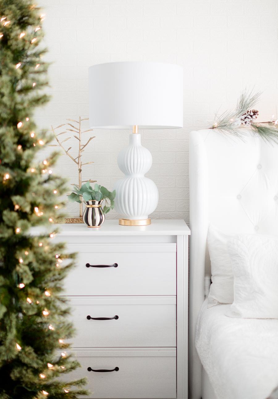 Christmasbedroom-11