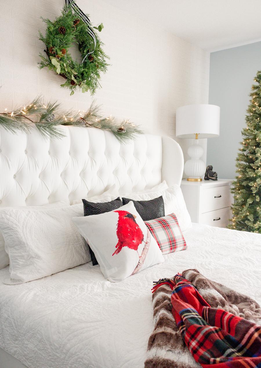Christmasbedroom-5