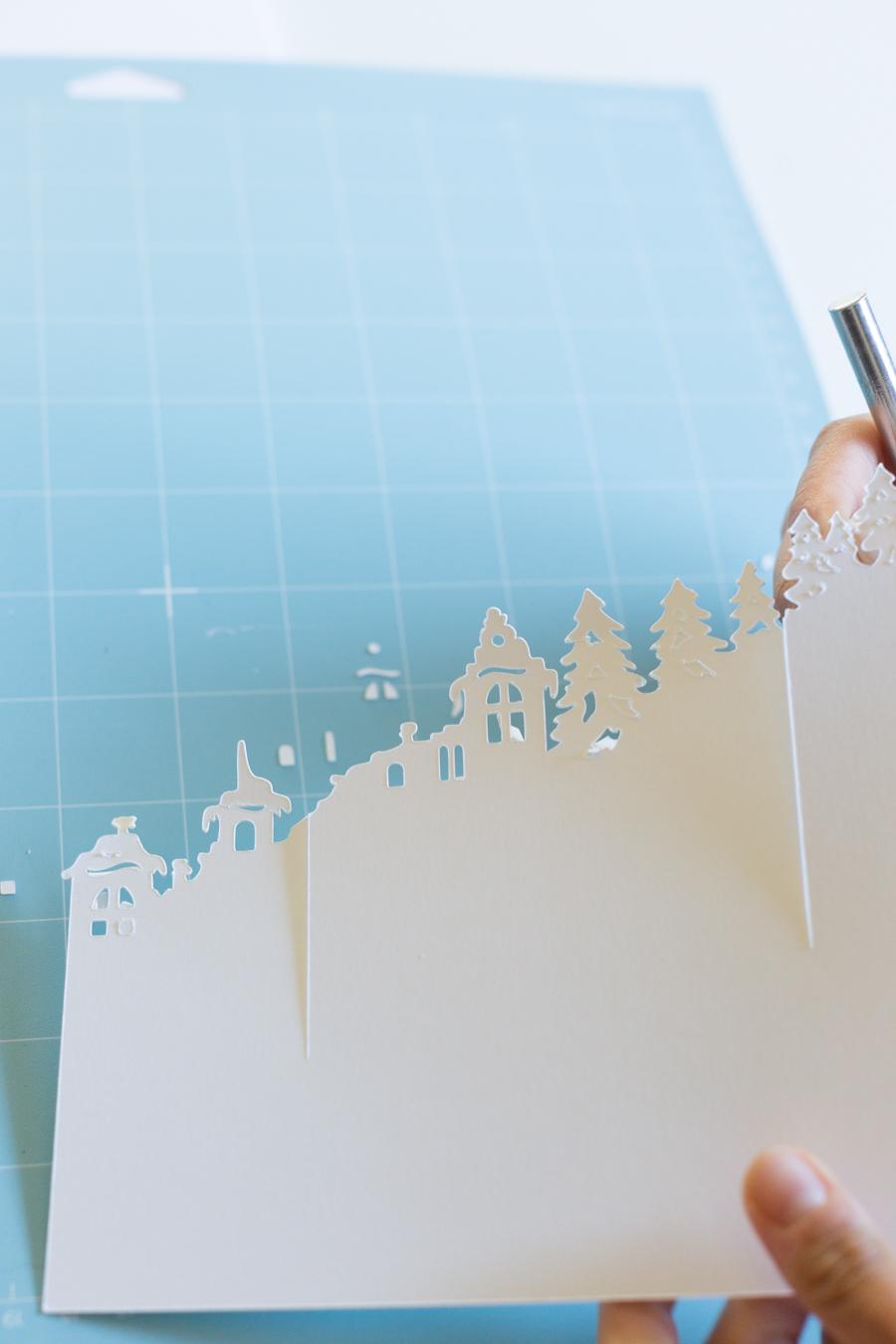 Paperchristmasvillagecloche-11