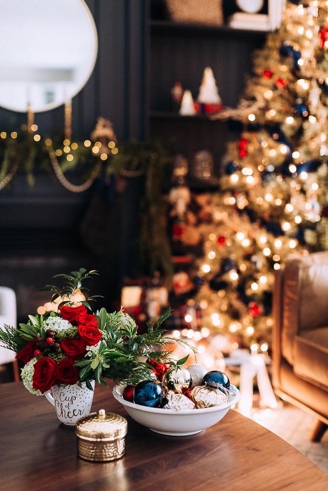 Beautifulchristmasgiftboxcraftberrybush-10