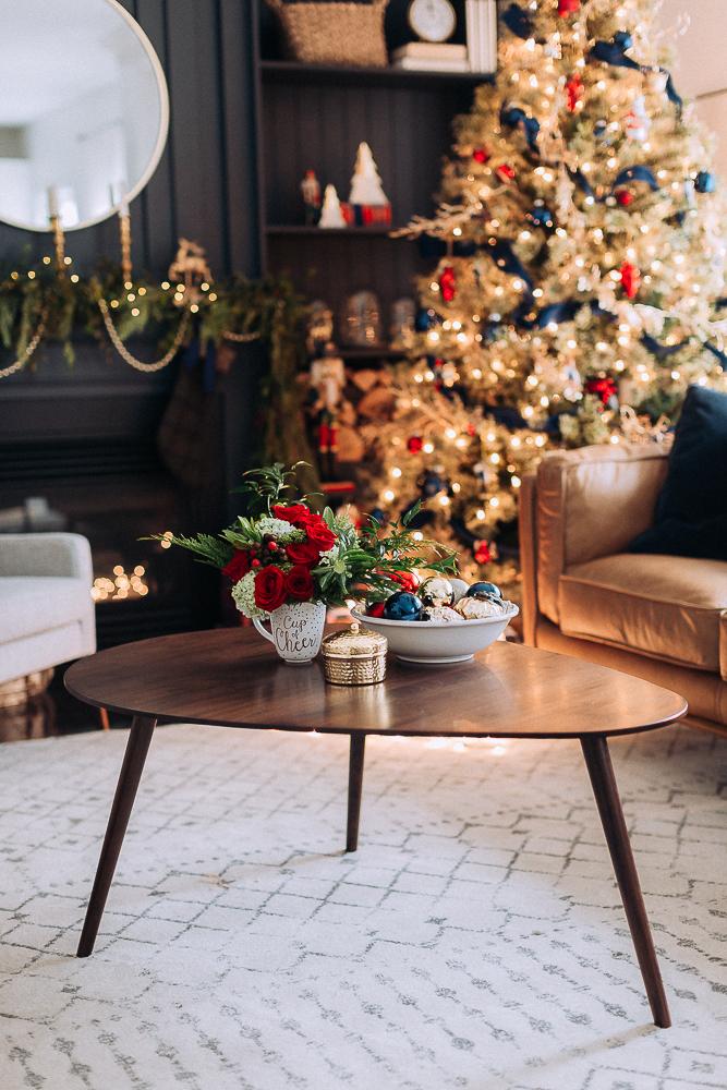 Beautifulchristmasgiftboxcraftberrybush-11