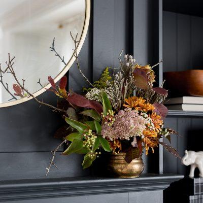 Fall arrangement for shallow mantel