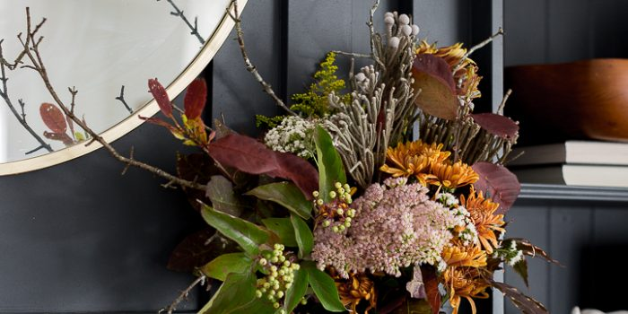 Fall arrangement for shallow mantel